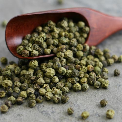 Pepper Grønn hel 130 gram i boks