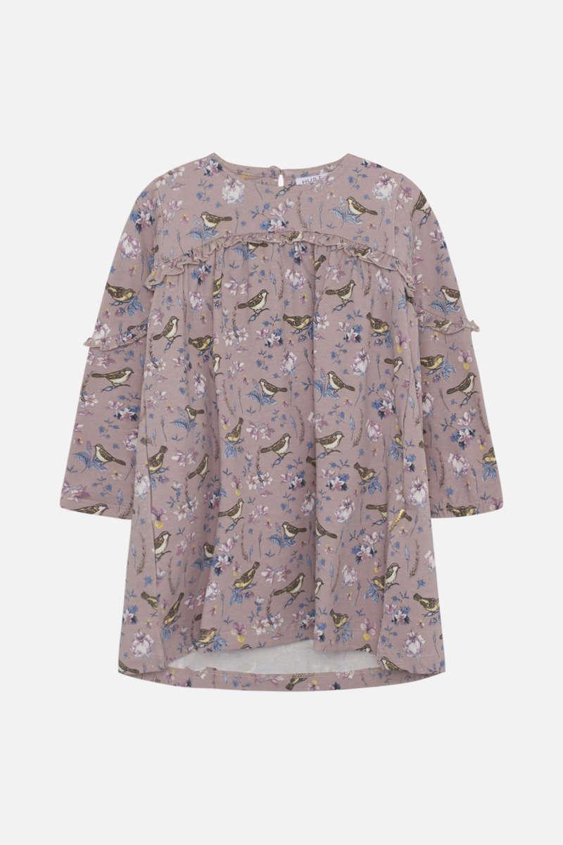 Rosa kjole med fugler