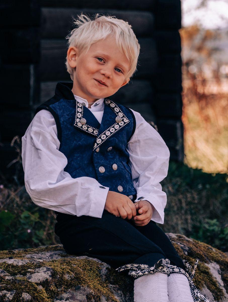 Salto Bunad/ Festdrakt til Gutt, Blå