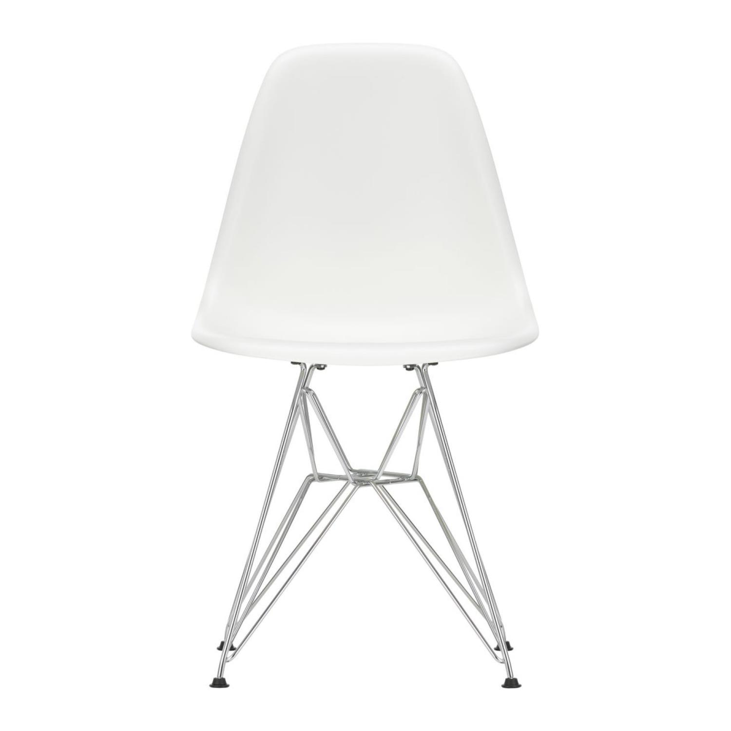 Eames Plastic Chair | DSR(383)