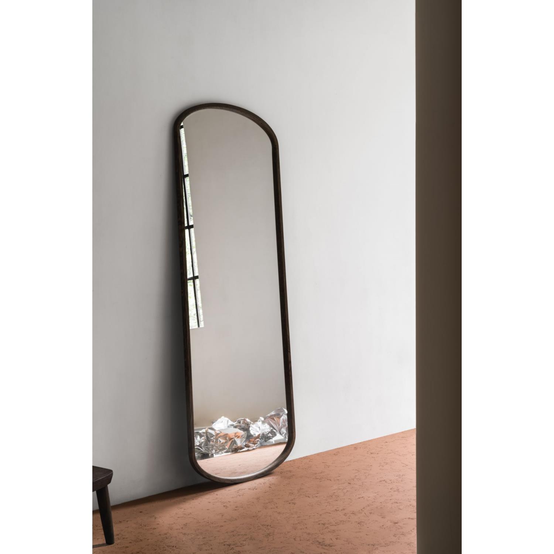 YVI | Speil