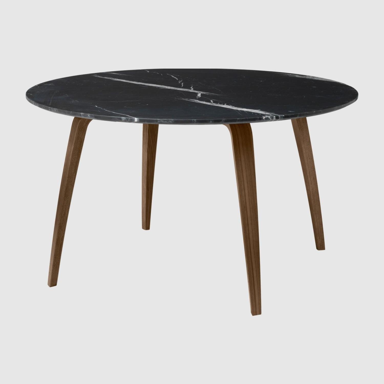 Gubi Spisebord | Ø130 | Valnøtt