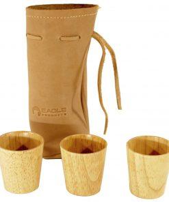 Tre drammeglass i skinnpose