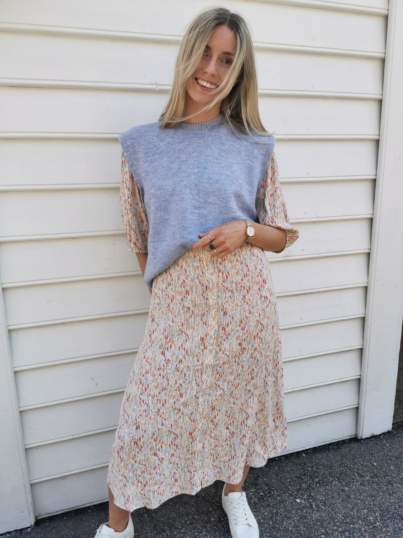 ELIN BRICKLE DRESS - SOAKED IN LUXURY