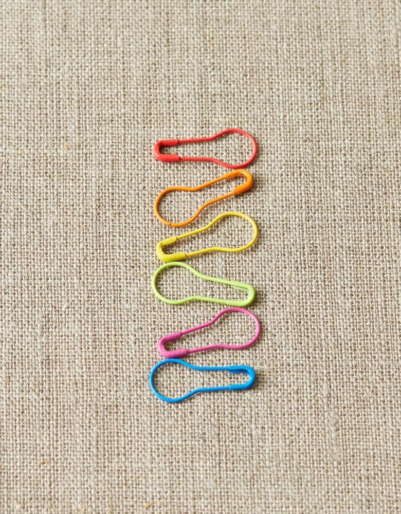Opening colorful stitch markers