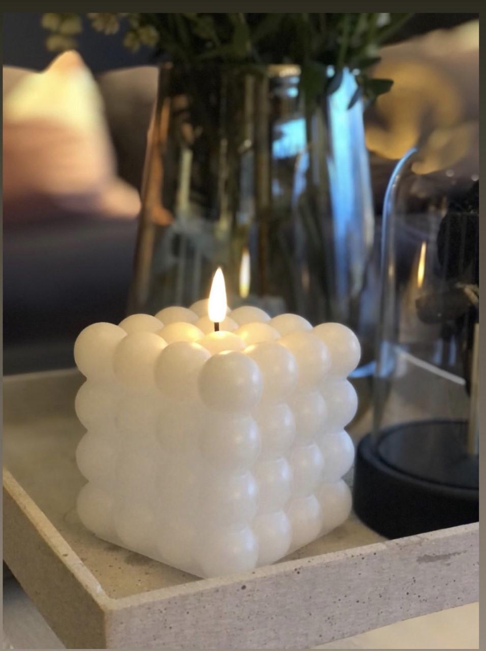 LED kubbelys Candel boble 10cm - Hvit