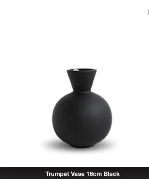 Cooee Trumpet vase 16 cm Black