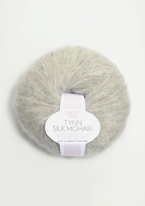 1022 Tynn Silk Mohair Lys Grå Melert