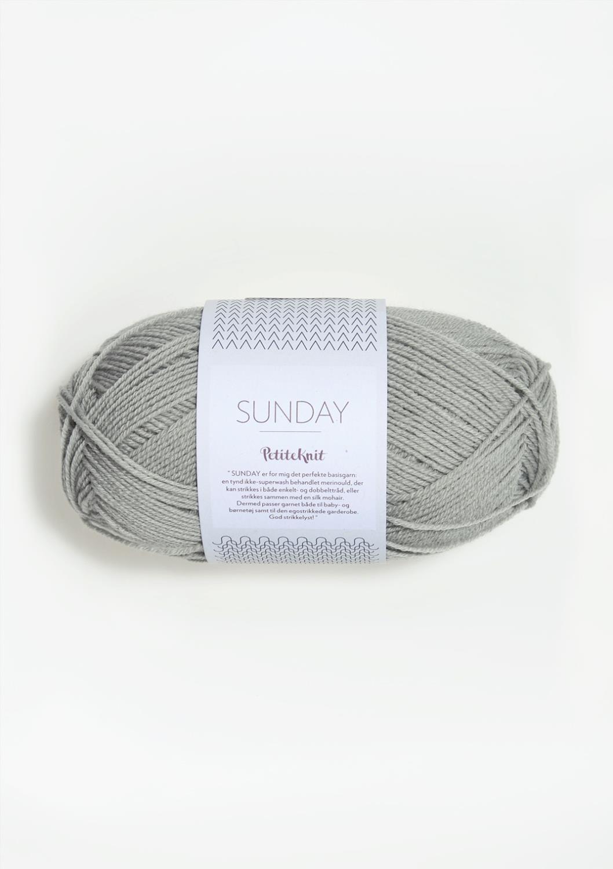 1031 PetitKnit Sunday Foggy Grey