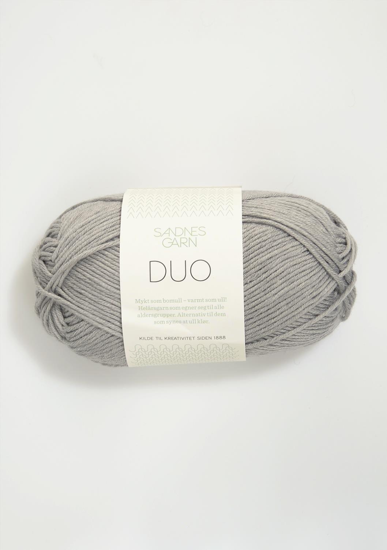 6030 Duo Lys Grå