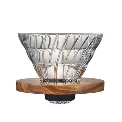 Håndbrygger V60 i glass og oliventre