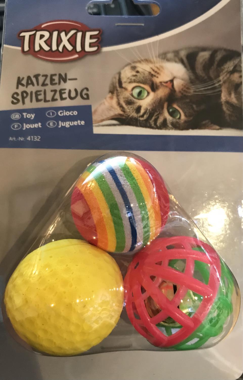 Katteleke 3 forskjellige baller