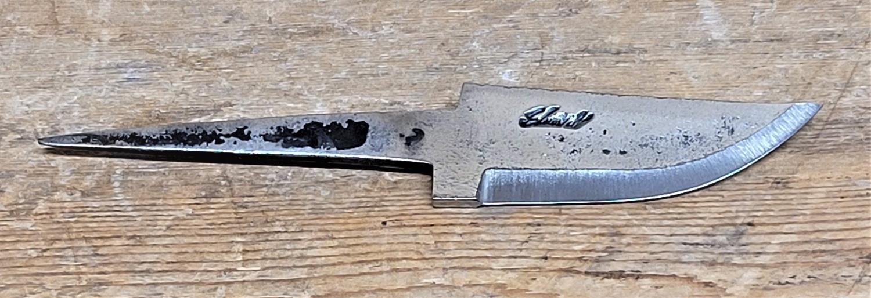 Knivblad, råsmidd, liten sving opp, 30 - 70 mm
