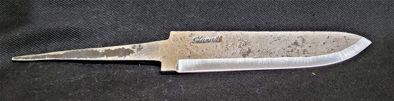 """Knivblad med """"drop"""", råsmidd 121-150 mm"""