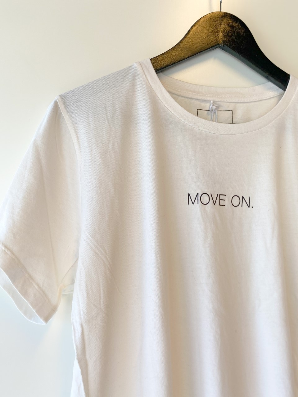"""Line Of Oslo """"Move On"""""""