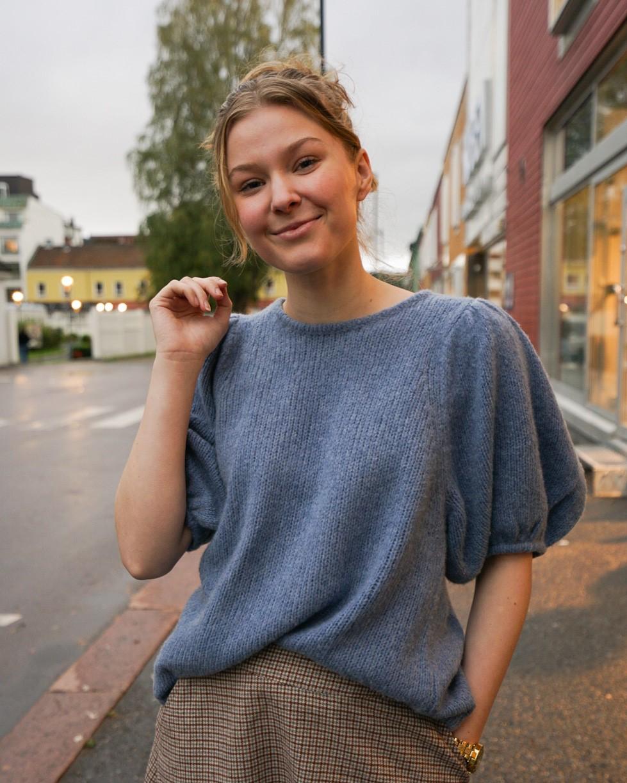 Isabel Blue, Line Of Oslo