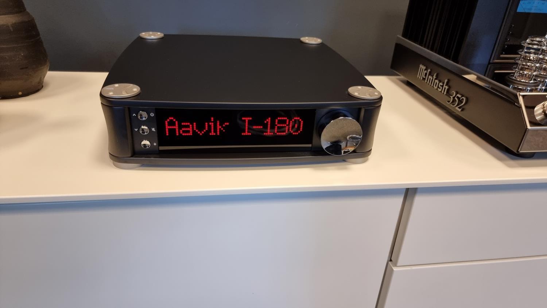 Aaviki I-180 Integrert Forsterker 2x300w (innbytte)